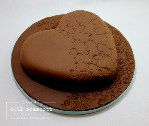 chocolate mocha heart cake