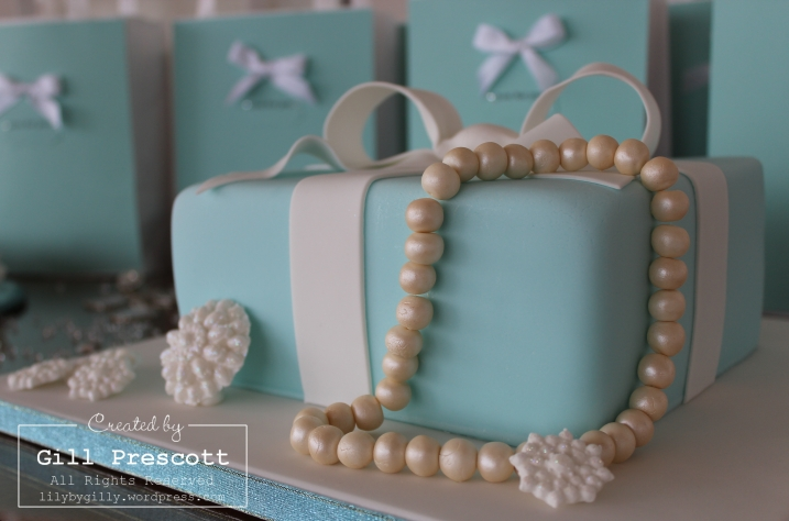 Tiffany party cake