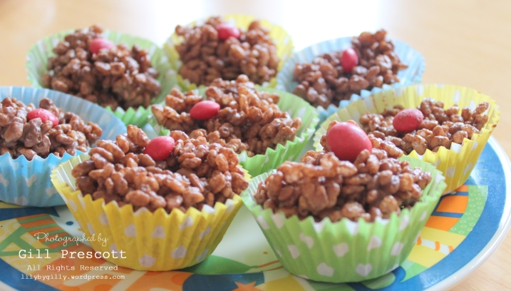 Red nose day rice crispy red nose cakes