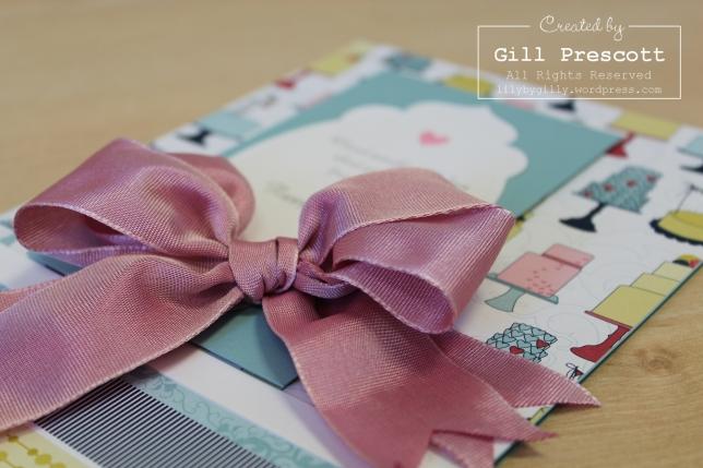Double ribbon bow