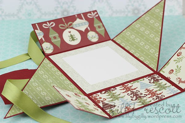 Six-fold-Christmas-card-fully-open